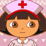 Enfermera_Dora_pone_inyecciones